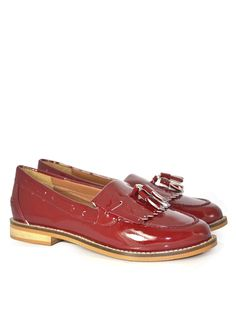 Leah Leather Loafer Product Code: CL5209 £49.99 https://www.stylistpick.com/carlton-london/shoes/leah-leather-loafer-33587