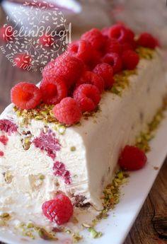 Make Ice Cream, Vegan Ice Cream, Homemade Ice Cream, Thermomix Desserts, Dessert Recipes, Nougat Torte, Sweet & Easy, Nuss Nougat Creme, Pistachio Ice Cream