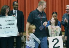 St. Paul teacher wins $25,000 Milken award | StarTribune.com