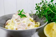 Krämig citron- och laxpasta – lyxig middag på bara 10 min! Dessert Recipes, Desserts, Fish And Seafood, Potato Salad, Vegetarian Recipes, Lunch, Dinner, Healthy, Ethnic Recipes