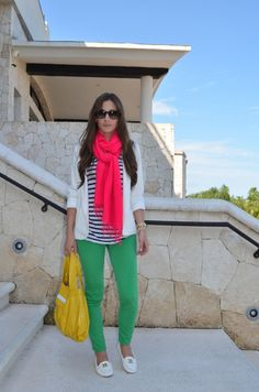 Brights + Stripes + Layers = perfect travel outfit that transitions from cold weather to warm