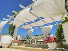 Take a look at the photo gallery of the agriturismo Masseria Salinola located in Ostuni - Ostuni in the province of Brindisi