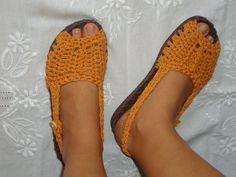 ... Recriando Artes Manuais ...: Sandália de crochê