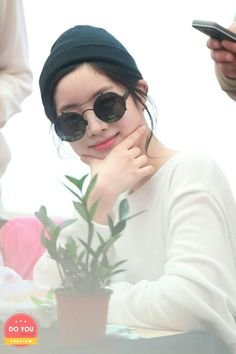 """Dahyun-Twice 180429 """"What is Love?"""" Fansign Event"""