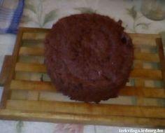 Mikrós torta - Mikróban gyorsan elkészíthető torta. Kezdő házi tündérek is próbálkozzanak vele! #mikrós #sütemények #piskóta #gyors #puding #kakaós Puding, Muffin, Breakfast, Food, Meal, Eten, Meals, Muffins, Morning Breakfast