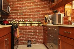 Great spice organization (not to mention mix of wood and stainless steel) - Old City, Philadelphia