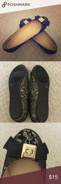 Lace Shoes 👠 Only worn once. Perfect for a semi formal attire. Liz Claiborne Shoes Flats & Loafers