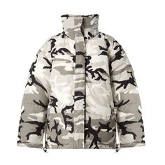 Vetements X Canada Goose reversible camo-print parka (£2,950) ❤ liked on Polyvore featuring outerwear, jackets, camouflage, hooded parka coat, camouflage parka, parka coat, white coat and padded coat