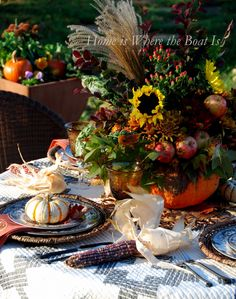 Pumpkin vase centerpiece and fall table | homeiswheretheboatis.net