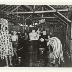Wasplaats van het interneringskamp te Makassar, ANEFO, 1945 - 1946 - Rijksmuseum Dutch East Indies, Makassar, Wwii, Netherlands, The Past, Army, Japanese, Culture, History