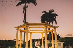 Sessão pré wedding de @fclaudiacf & @pauloguijunior... Uma história linda tem que ser fotografada. #wedding #amor #precasamento #book #fotografiadecasamento #fotografojoaopessoa #flaviorezende #casamento #Instagram #historiadeamor