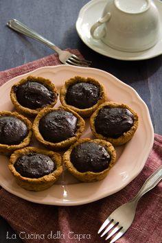 Crostatine al cioccolato e burro di arachidi   La Cucina della Capra