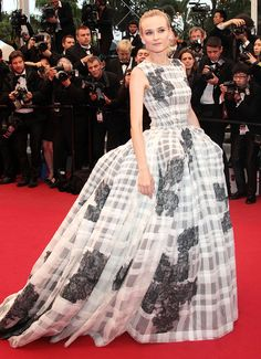 22 of the Most Memorable Style Moments in Cannes Film Festival History | People - Diane Kruger in a Dior Haute Couture dress