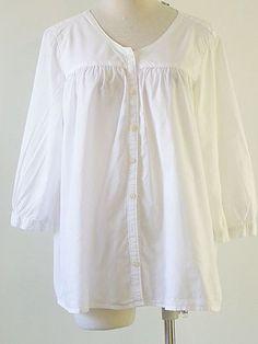 classic blouse, yoke, pleats, sleeves