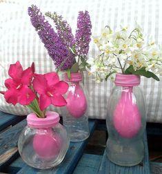 Ваза для цветов из обычной банки и воздушного шарика