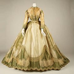 """Dresses in Curtsies & Conspiracies """"On Sophronia"""" Finishing School. Robe à Transformation  1865  The Metropolitan Museum of Art"""