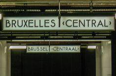 Brussel is voor mij als de vriend van een vriend waar ik vaak enthousiast over hoor vertellen, maar die voor mij -op een vluchtige ontmoeting na- eigenlijk een volslagen onbekende is. En zoals bij die vriend van een vriend doe ik waarschijnlijk zelf te weinig moeite om elkaar te ontmoeten. Terwijl ik stiekem misschien een beetje jaloers ben op die vriendschap.