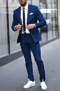Breathtaking 70 Cool Men's Sneaker Ideas to Try on Every Ocassion from https://www.fashionetter.com/2017/05/14/cool-mens-sneaker-ideas-try-every-ocassion/