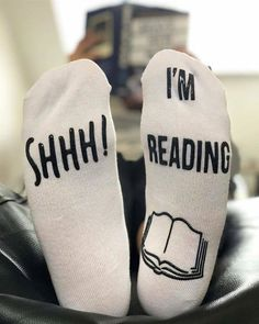 Here are The 11 Best Gifts for Book Lovers - book worms will love them! I Love Books, New Books, Books To Read, Library Books, Nerd Gifts, Book Lovers Gifts, Book Gifts, Book Memes, Book Quotes