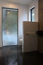 E.SCAPE GLASS Bathrooms