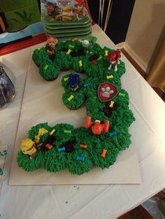 Paw patrol pull apart cupcake cake