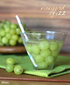 Vineyard Fizz Cocktail... Frozen grapes, Sprite and Gin.