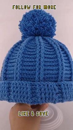 Poncho Crochet, Easy Crochet Hat, Crochet Baby Hat Patterns, Crochet Beanie Pattern, Crochet Cap, Crochet Hooks, Easy Crochet Slippers, Bead Patterns, Crochet Hats For Boys