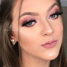 Nothing is likely to be hidden! We found the beauty secrets World Women Beauty Secrets Bride Makeup, Kiss Makeup, Prom Makeup, Wedding Makeup, Beauty Secrets, Beauty Hacks, Beauty Makeup Photography, How To Apply Mascara, Natural Eye Makeup