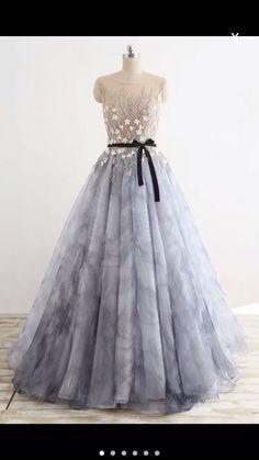 Custom Made Vogue Prom Dresses Long, Gray Round Neck Tulle Long Prom Dress, Gray Evening Dress Grey Party Dresses, Grey Evening Dresses, Elegant Bridesmaid Dresses, Modest Dresses, Pretty Dresses, Prom Dresses, Beautiful Dresses, Evening Gowns, Formal Dresses