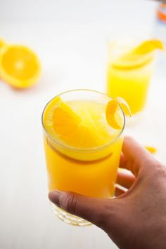 Skinny Orange Crush Recipe from chefsavvy.com
