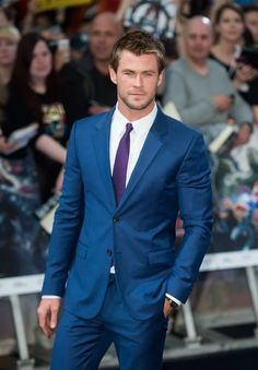 Chris Hemsworth Just Signed On to Play the Best Role in the Ghostbusters Reboot