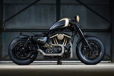Making up for a lack of Harley Davidson with 29 dealer custom Harley-Davidson Sportster Forty-Eight creations Hd Sportster, Sportster Motorcycle, Retro Motorcycle, Moto Bike, Motorcycle Garage, Harley Davidson 48, Harley Davidson Sportster, Buell Motorcycles, Custom Motorcycles