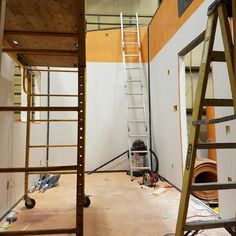 A tiny house in born! See composite construction in action. #tinyhomes #tinyhouse