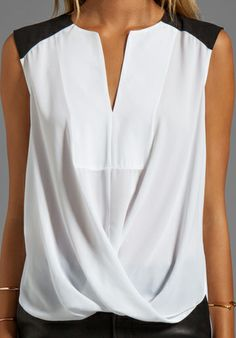 BCBGMAXAZRIA Split Front Color Block Top in White - BCBGMAXAZRIA