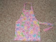 Free child's apron pattern.  simplejoycrafting