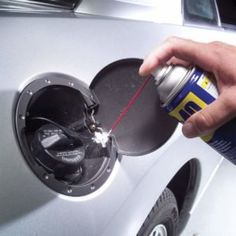 From the Family Handyman Get your vehicle looking like new with these simple interior and exterior car detailing tips that you can do yourself. Car Cleaning Hacks, Deep Cleaning Tips, Car Hacks, Toilet Cleaning, House Cleaning Tips, The Family Handyman, Diy Auto, Homemade Toilet Cleaner, Wd 40