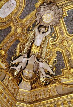 Point, Focus & Snap - The Musée du Louvre in Paris. Plaster Sculpture, Sculpture Art, Architecture Details, Baroque Architecture, Amazing Architecture, Grey And Gold, Art World, Renaissance, Illustration Art