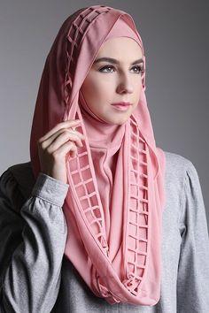 Hana Instant Scarf | Koleksi Instan Shawl Muslimah Hana Instant Scarf Dari Deyn - HIJUP