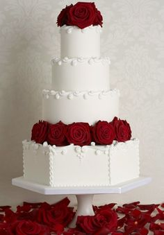 Red Rose Accents on White wedding cake without roses on top