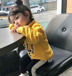 Bonzour vou te su mon intagra romanhistorique roman historique amreading books wattpad mom and baby ulzzang ulzzang _ ulzzang l _ ulzzang liebe familie kids baby Cute Asian Babies, Korean Babies, Asian Kids, Cute Babies, So Cute Baby, Cute Kids, Baby Boy, Baby Kids, Ulzzang Kids