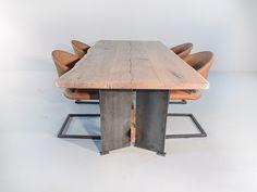 Ottawa Stoer boomstam eettafel - De Tafelfabriek