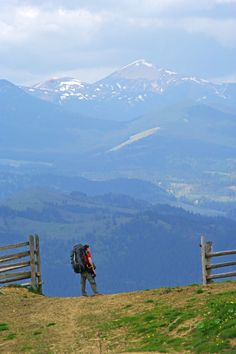 Carpathian mountains , W Ukraine, from Iryna Beauty Around The World, Around The Worlds, Places To Travel, Places To See, Easy Jet, Carpathian Mountains, Heart Of Europe, Central Europe, Belleza Natural