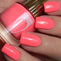Floss Gloss – International Hot Girl This pink-coral creme nail polish is the perfect color to paint your nails and use for your nail art. Beautiful nails by pamperedpolishes A post shared by Pampered Polishes ( on Mar 2018 at PDT Cute Nail Colors, Cute Nails, Nail Polish Designs, Nail Designs, Wedding Nail Polish, Wedding Manicure, Coral Nails, Luxury Nails, Nagel Gel