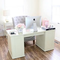Breakfast At Shawnau0027s ♡ Apartment Office, Home Office Space, Home Office  Decor,
