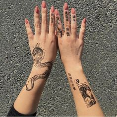 Get thousand ideas for your sexy tattoos. We present to you a selection of original tattoo designs ideas to bring you more inspiration for your tattoo. Mini Tattoos, Dainty Tattoos, Dope Tattoos, Dream Tattoos, Pretty Tattoos, Beautiful Tattoos, Body Art Tattoos, Small Tattoos, Tatoos