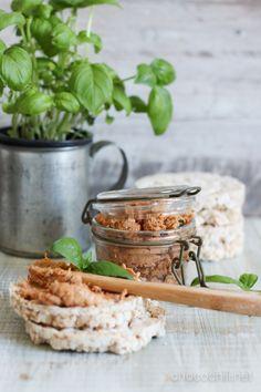 White bean and tomato spread // chocochili.net