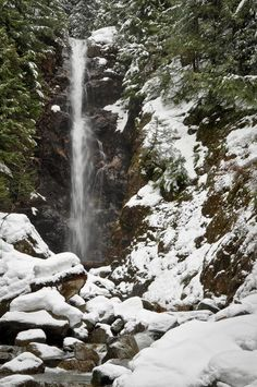 Norvan Falls beckons spring hikers to Lynn Headwaters Regional Park in North Vancouver. #hiking