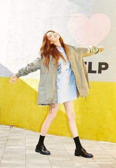 Lee Sung Kyung 💜 | Shared Folder | الدراما الكورية 🇰🇷 Amino Ulzzang Fashion, Kpop Fashion, Girl Fashion, Asian Street Style, Asian Style, Korean Style, Lee Sung Kyung Fashion, Lee Sung Kyung Style, Japanese Fashion