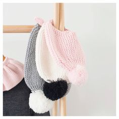 Win a Merino Le Edit Beanie! We are loving these new beanies from Le Edit and what makes these beanies even better is they come with interchangeable Pom Poms and three amazing colours: PINK - with pink and grey pom-poms WHITE - with black and white pom-poms GREY - with grey and white pom-poms  We want to give one lucky winner their choice of beanie! Enter Here: 1 - follow @minimacko  2 - like this post 3 - Check out the Le Edit Beanie range and comment below what your favourite colour…