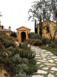 50 Very Creative And Inspiring Garden Stone Pathway Ideas design mediterran Small Backyard Gardens, Modern Backyard, Backyard Garden Design, Modern Landscaping, Backyard Landscaping, Patio Decks, Big Backyard, Garden Pond, Terrace Garden
